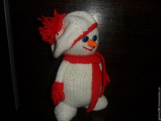 Новый год 2017 ручной работы. Ярмарка Мастеров - ручная работа. Купить Снеговик. Handmade. Снеговик, вязаный, суперпух