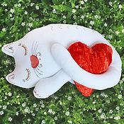 """Для дома и интерьера ручной работы. Ярмарка Мастеров - ручная работа Подушка """"Кошка Соня"""". Handmade."""