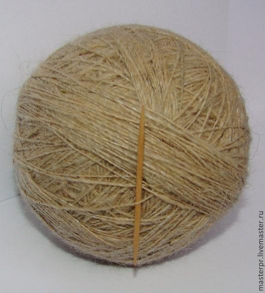 Пряжа «Шотландец 500м100грамм» из пуха колли . Состав : 100% пух колли . Ручное прядение . Для ручного вязания. Толщина нитки – 500метров  на 100грамм  Нитка одинарная крученая  в клубках  .