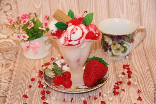 Мыло ручной работы. Ярмарка Мастеров - ручная работа. Купить мороженое в креманке с вафелькой. Handmade. Ярко-красный, морожное, ягодное