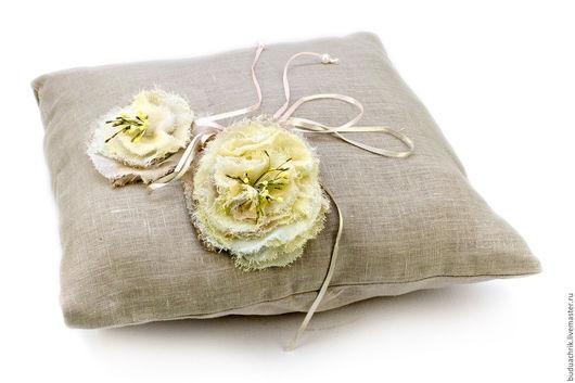 Персональные подарки ручной работы. Ярмарка Мастеров - ручная работа. Купить Наволочки идентичные товары по одной цене, отличающиеся цветом. Handmade.