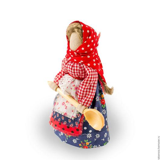 Народные куклы ручной работы. Ярмарка Мастеров - ручная работа. Купить Помощница по кухне. Handmade. Ярко-красный, славянская кукла