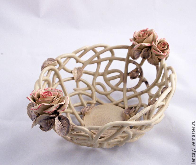 Fruit bowl. Woven ceramics Elena Zaichenko