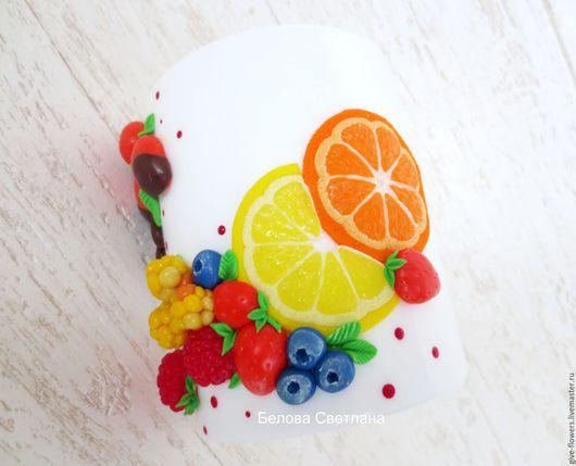 Кружки и чашки ручной работы. Ярмарка Мастеров - ручная работа. Купить Кружка Клубника в шоколаде и ягодный микс. Handmade.