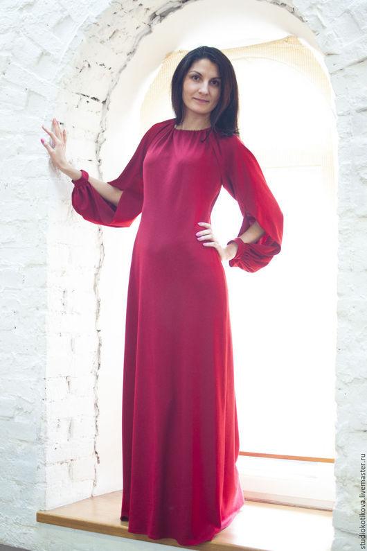 Платья ручной работы. Ярмарка Мастеров - ручная работа. Купить Романтичное платье в пол. Handmade. Ярко-красный, платье, складки
