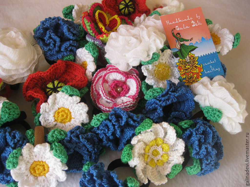 Вязание крючком цветов для резинок 29