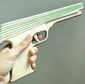 Сувениры и подарки ручной работы. Ярмарка Мастеров - ручная работа Резинкострел - пистолет, стреляющий канцелярскими резинками. Handmade.