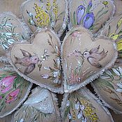 Куклы и игрушки ручной работы. Ярмарка Мастеров - ручная работа Весна идет..Весне дорогу!!! Кофейно-пряничные сердечки с росписью... Handmade.