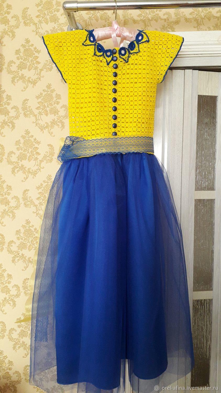 Вязаное платье Алиса с митенками