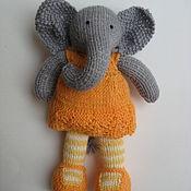 Куклы и игрушки ручной работы. Ярмарка Мастеров - ручная работа Слоник девочка вязаная игрушка. Handmade.