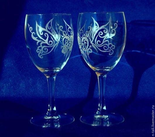 """Бокалы, стаканы ручной работы. Ярмарка Мастеров - ручная работа. Купить Бокалы """"Бабочки счастья"""", стекло, уникальная ручная гравировка. Handmade."""