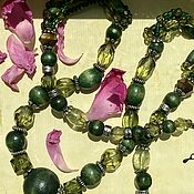 Винтаж handmade. Livemaster - original item Shades of green Kuindzhi. Beads necklace. Vintage.. Handmade.