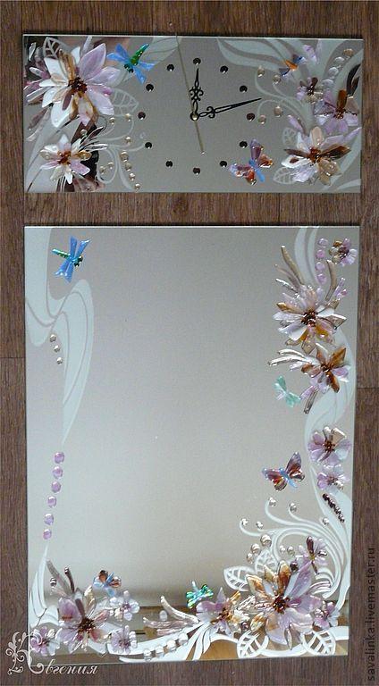 """Зеркала ручной работы. Ярмарка Мастеров - ручная работа. Купить Зеркало и часы """" В цветах"""". Handmade. Зеркало с фьюзингом"""