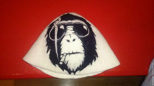 """Банные принадлежности ручной работы. Ярмарка Мастеров - ручная работа. Купить Шапка для бани """"Крутая обезьяна"""". Handmade. Белый, животное"""