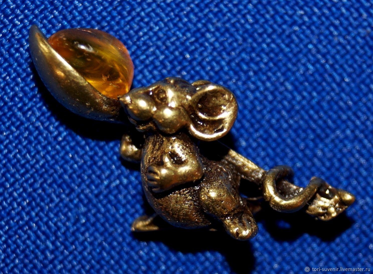 The wallet mouse with spoon and antarica, Amulet, Belokuriha,  Фото №1