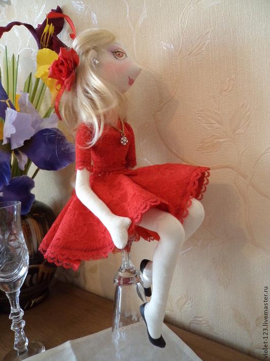 Куклы тыквоголовки ручной работы. Ярмарка Мастеров - ручная работа. Купить Кукла интерьерная Люба .. Handmade. Ярко-красный, подарок
