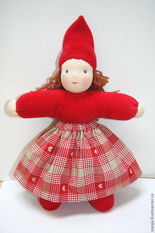 """Вальдорфская игрушка ручной работы. Ярмарка Мастеров - ручная работа. Купить Кукла """"Новогодний гномик"""". Handmade. Ярко-красный"""