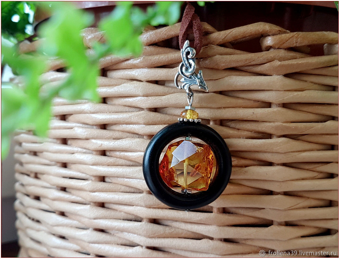 Amber. Pendant 'In the round frame' amber silver, Pendants, Moscow,  Фото №1