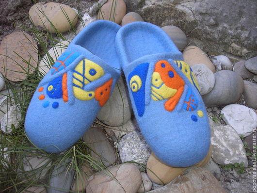 """Обувь ручной работы. Ярмарка Мастеров - ручная работа. Купить Валяные тапочки """" Мои фантазии"""". Handmade. Голубой"""