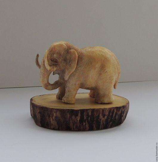 Миниатюрные модели ручной работы. Ярмарка Мастеров - ручная работа. Купить Резьба по кости. Нецке.Миниатюра. Слон на подставке.. Handmade.