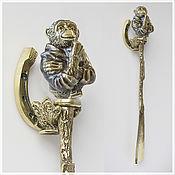Аксессуары ручной работы. Ярмарка Мастеров - ручная работа Подарочная ложка для обуви обезьяна бронзовая. Handmade.