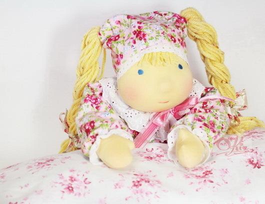 Вальдорфская игрушка ручной работы. Ярмарка Мастеров - ручная работа. Купить вальдорфская кукла Малышка (гречневая...). Handmade. Розовый