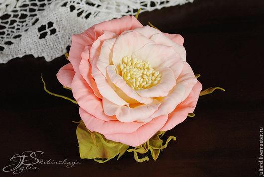 """Броши ручной работы. Ярмарка Мастеров - ручная работа. Купить Украшение """"Зефирка"""". Handmade. Кремовый, роза из фоамирана, подарок подруге"""