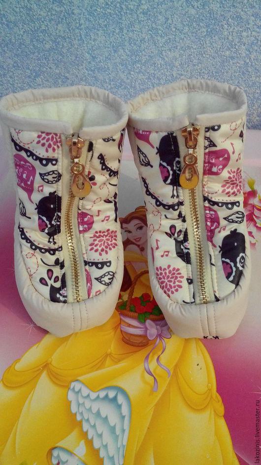 """Детская обувь ручной работы. Ярмарка Мастеров - ручная работа. Купить Сапожки в коляску """" Птички"""". Handmade. Бежевый"""