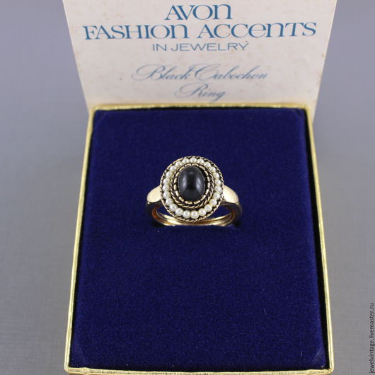 Винтажные украшения. Ярмарка Мастеров - ручная работа. Купить Avon кольцо винтажное Black Cabochon 1973 г.. Handmade.