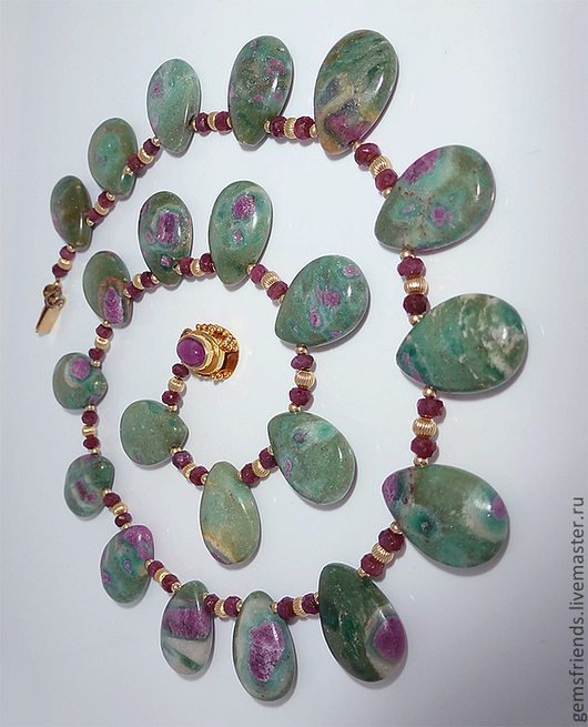 Колье, бусы ручной работы. Ярмарка Мастеров - ручная работа. Купить Ожерелье Рубины, Рубины в цоизите, фурнитура золото. Handmade.