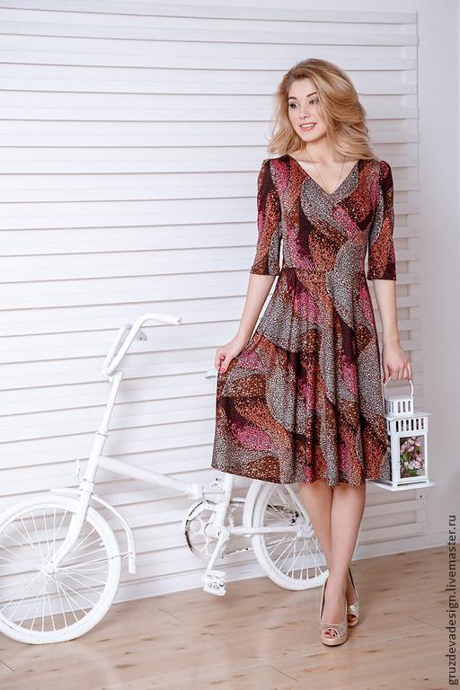 """Платья ручной работы. Ярмарка Мастеров - ручная работа. Купить """"Жемчужинка"""" трикотажное платье на каждый день. Handmade. В горошек"""