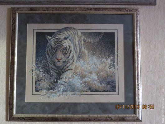 """Животные ручной работы. Ярмарка Мастеров - ручная работа. Купить Вышивка крестом """"Белая молния"""". Handmade. Тигр, животные"""