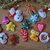 Подарки к праздникам ручной работы. Ярмарка Мастеров - ручная работа Набор елочных игрушек из фетра. Handmade.
