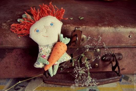 Броши ручной работы. Ярмарка Мастеров - ручная работа. Купить Текстильная брошь - мурзилка С Морковкой. Handmade. Комбинированный, зайка