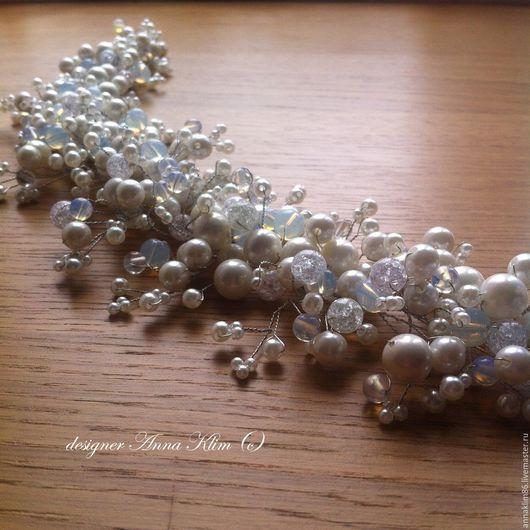 """Свадебные украшения ручной работы. Ярмарка Мастеров - ручная работа. Купить Украшение для прически """"Лунный свет"""" с лунным камнем. Handmade."""