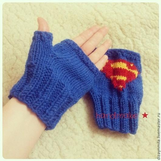 Варежки, митенки, перчатки ручной работы. Ярмарка Мастеров - ручная работа. Купить Митенки Супермен. Handmade. Синий, комикс, подарок