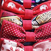 Подушка для кормления ручной работы. Ярмарка Мастеров - ручная работа Красные галстук-бабочки. Handmade.