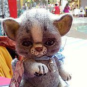Куклы и игрушки ручной работы. Ярмарка Мастеров - ручная работа Игрушка войлочная котенок Бориска. Handmade.
