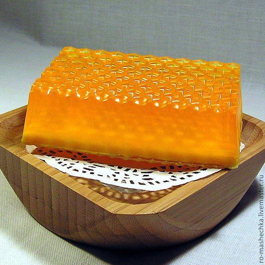 """Мыло ручной работы. Ярмарка Мастеров - ручная работа. Купить Мыло """"Медовое"""". Handmade. Оранжевый, купить подарок, купить сувенир"""