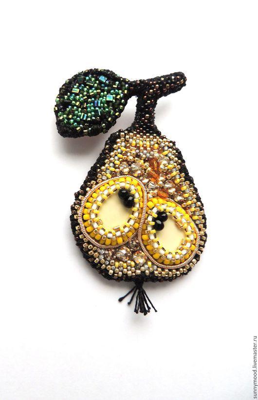 Броши ручной работы. Ярмарка Мастеров - ручная работа. Купить брошь  duchess pear. Handmade. Желтый, фрукт, стразы
