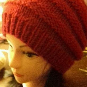 Аксессуары ручной работы. Ярмарка Мастеров - ручная работа Шапка шерстяная женская зимняя шапка спицами красная. Handmade.