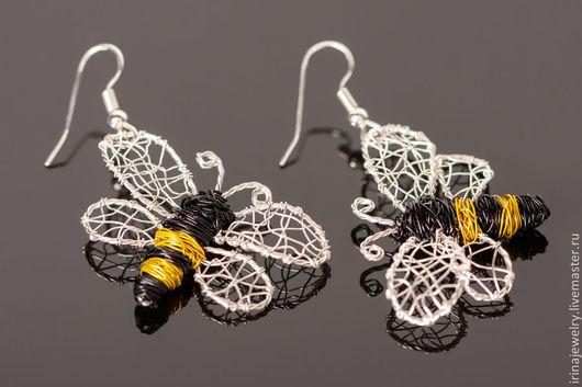 """Серьги ручной работы. Ярмарка Мастеров - ручная работа. Купить Серьги """"Bee"""". Handmade. Серебряный, черный, wire wrap"""