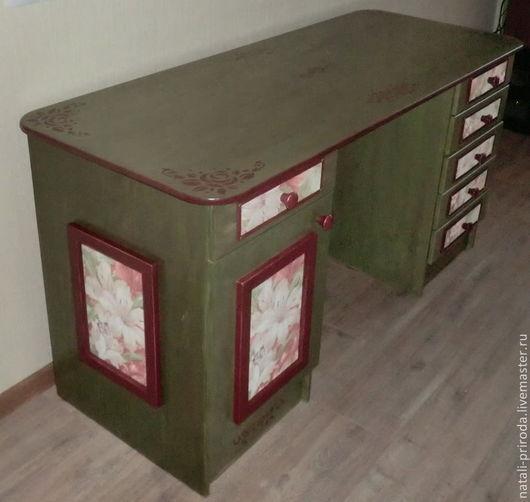 Мебель ручной работы. Ярмарка Мастеров - ручная работа. Купить Письменный стол. Handmade. Оливковый, мебель в стиле прованс