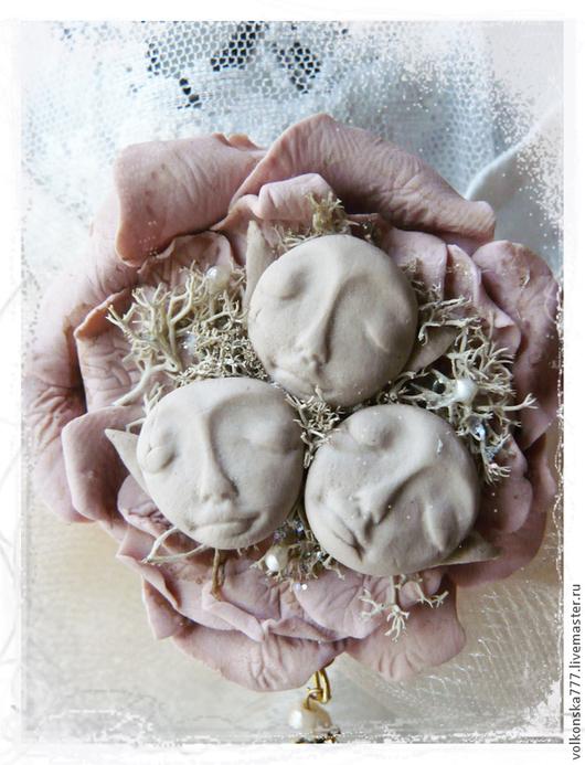 """Броши ручной работы. Ярмарка Мастеров - ручная работа. Купить """"Желательные эльфы"""" - брошь из жемчуга и  глины. Handmade. Бледно-розовый"""