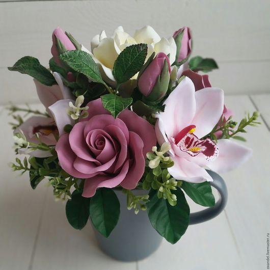 Букеты ручной работы. Ярмарка Мастеров - ручная работа. Купить Букет в чашке с орхидеями. Handmade. Брусничный, розы, день рождения