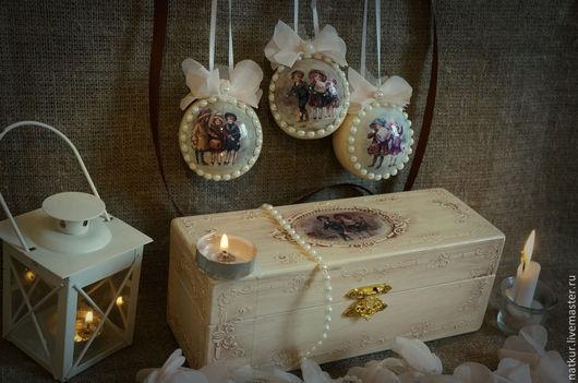 Набор елочные шары в шкатулке  елочные шарики ручной работы новогодние шары купить винтажные елочные украшение деревянные елочные шары декупаж