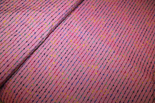 Шитье ручной работы. Ярмарка Мастеров - ручная работа. Купить Ткань,плащёво-курточная,розового цвета с фактурным дизайном,Италия. Handmade.