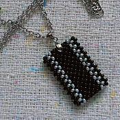 Украшения handmade. Livemaster - original item Кулон подвеска черно серебряная из бисера плоская полосатая. Handmade.