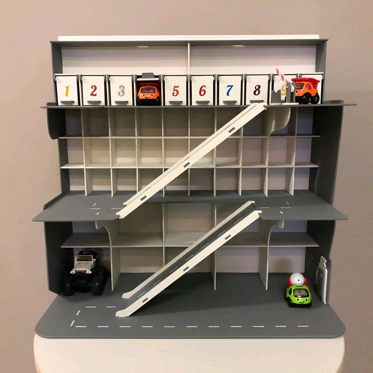 Гараж для машинок 70на70 с дверками и шлагбаумом, Кукольные домики, Москва,  Фото №1