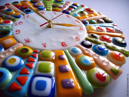 часы настенные `Колесо Фортуны` стекло,фьюзинг
